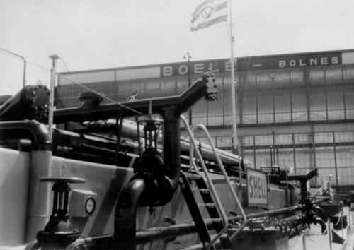 De ALSACIA, bij Boele Bolnes voor groot onderhoud. De bitumentanks worden aangepast en de stuurhut wordt omgebouwd. Foto: N. van der Meer - met dank.