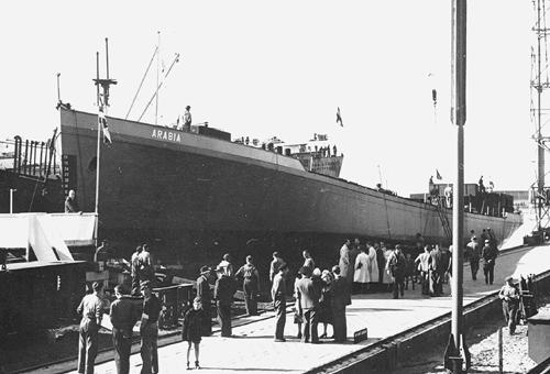 De stapelloop van het motortankschip ARABIA bij Boele Bolnes op 27-04-1949.