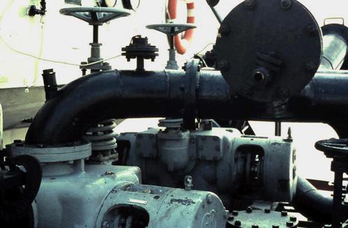De 2 x 240 kuub per uur Houttuin motorpompen van de ARGOVIA. Foto: Silis Noordloos - met dabk.